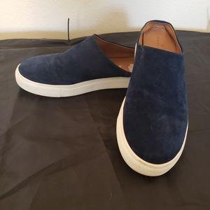 Sz 9 Caslon navy blue suede Gabe slip on sneaker